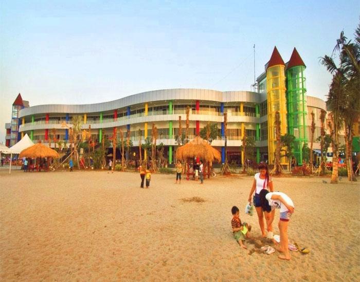 Pantai Ramah Anak di Ancol