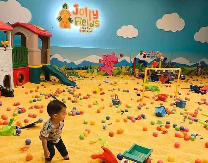 Jolly Fields
