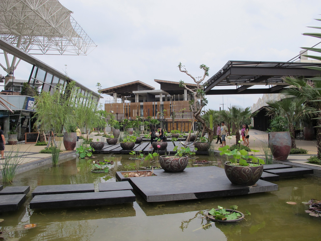 liburananak_the-breeze-BSD