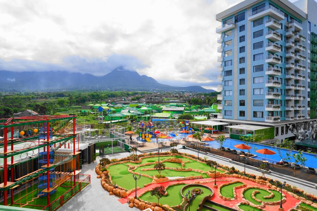 Senyum World Hotel Batu Malang