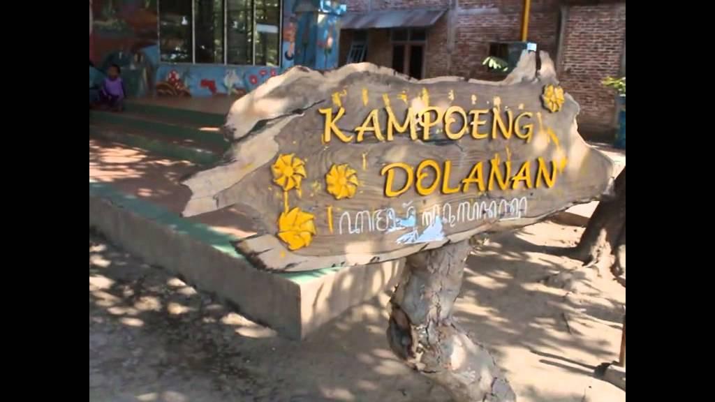 Kampung Dolanan Anak Pandes