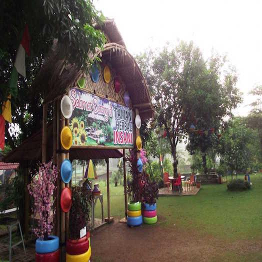 Taman Herbal Insani
