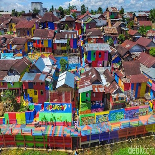 Kampung Warna EWarni Lubuk