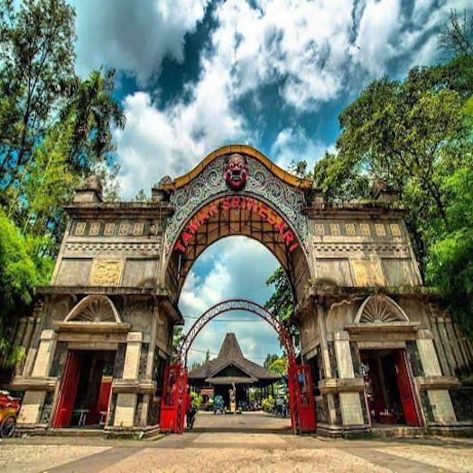 Taman Sriwerdari