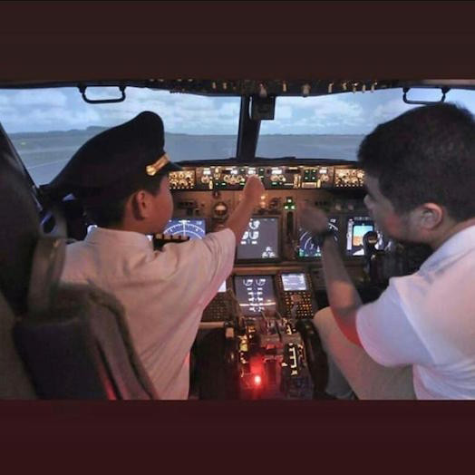 AirCrew Sensation - Be An Airline Captain For a Day - Flight Simulator Experience