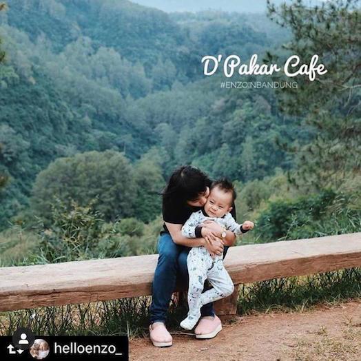 Salah Satu Cafe Kids Friendly di Bandung yang bernama Cafe D'Pakar